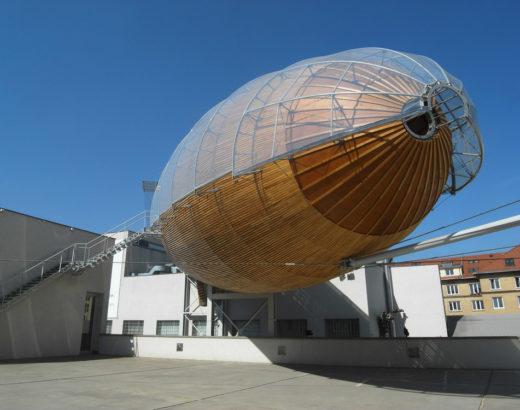 Zeppelin Gulliver sur le toit